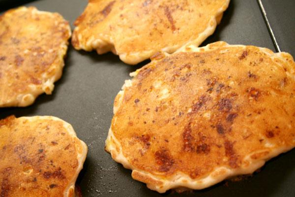 Easy Chicken Pancakes momspark.net
