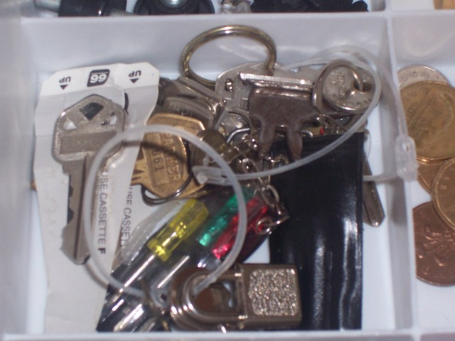 Declutter Time: How to Organize a Junk Drawer