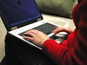 Blogging About Your Children, Is It Safe momspark.net