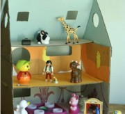 cardboard-doll-house