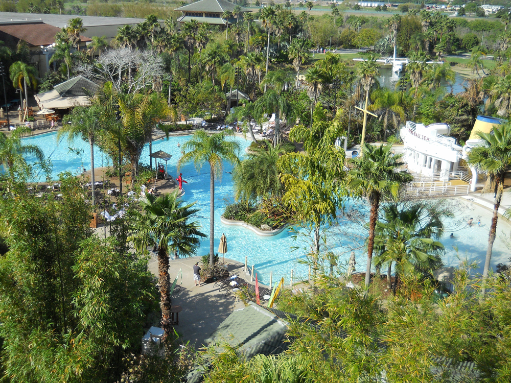 Loews Royal Pacific Resort Universal momspark.net pool