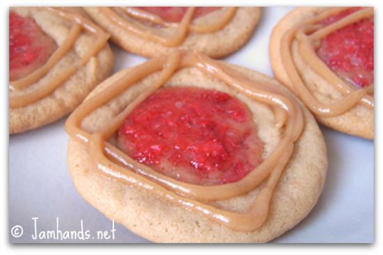 Peanut Butter and Jelly (PB & J) Cookies Recipe momspark.net