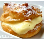 Valentine's Day Dessert: Cream Puffs with Vanilla Bean Pastry Cream Recipe
