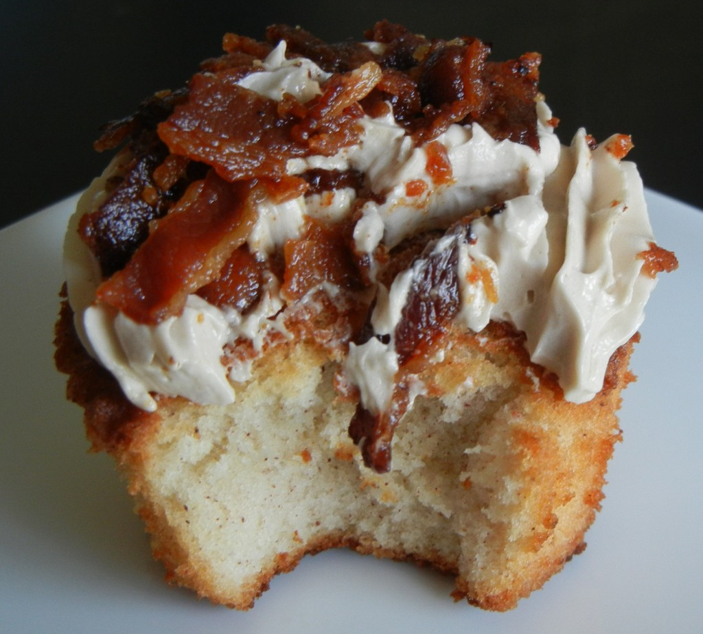 French Toast and Bacon Cupcakes Recipe