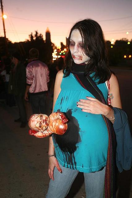 pregnant zombie halloween costume