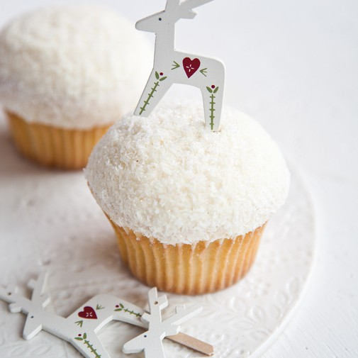 Winter Wonderland and Holiday Cupcake Recipes | Mom Spark - A Trendy ...