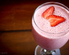 Easy Strawberry Smoothie