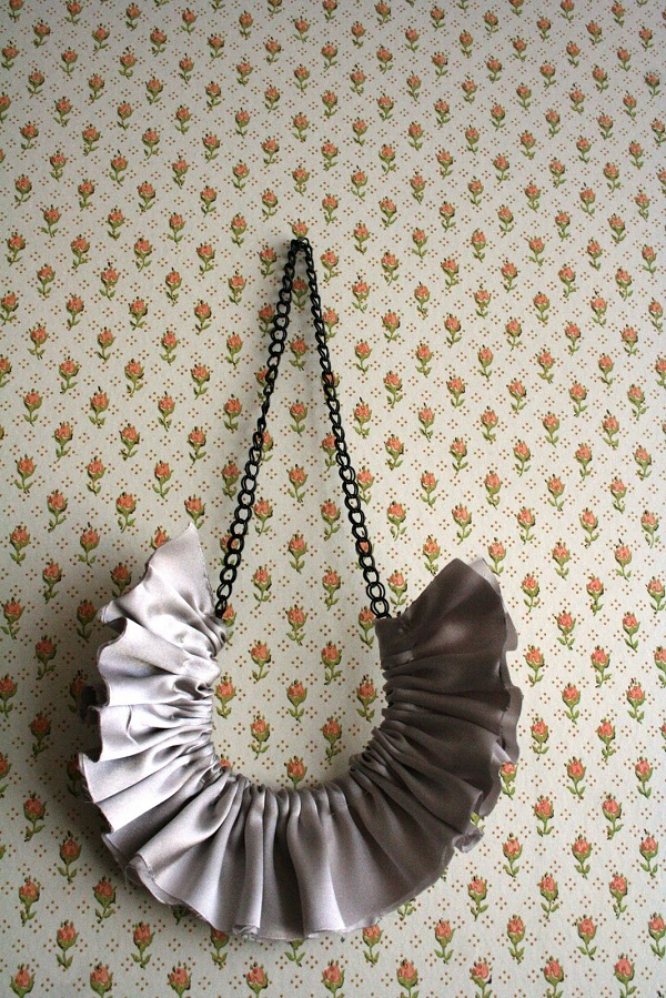 ruffled pendant necklace fashion jewelry