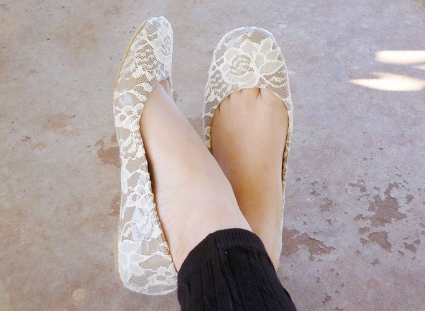 Shoe Makeover: Graceful Lace Flats momspark.net