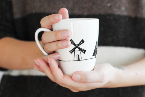 handpainted mugs DIY gifts