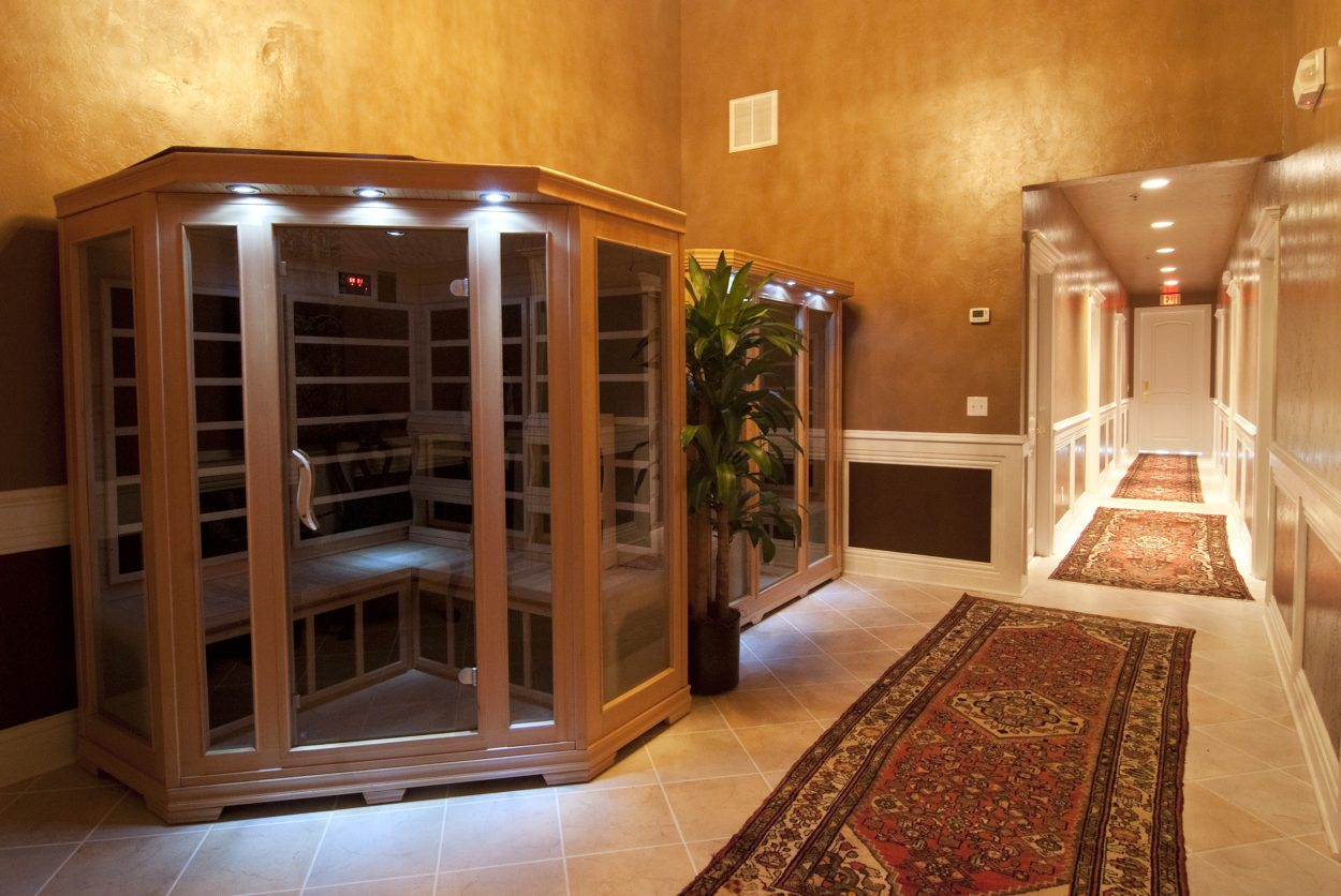 Royal-Oak Massage Edmond Sauna