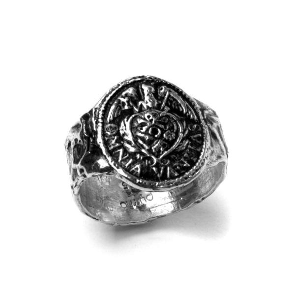 Pyrrha ring