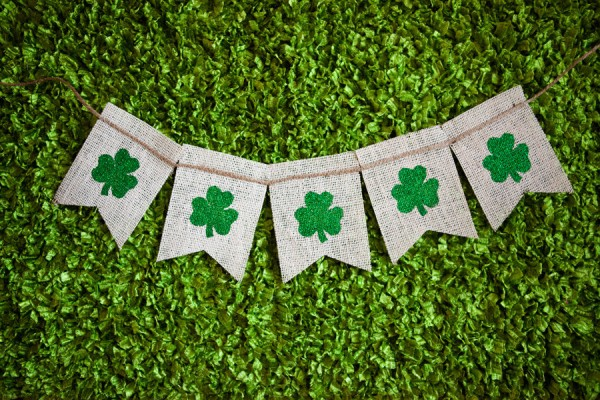 Etsy Your St. Patrick's Day Gifts - Four Leaf Clover Banner