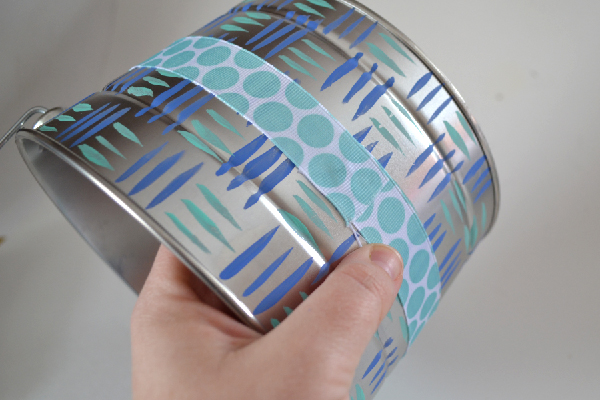 Springtime Decorative Tin Bucket Craft Tutorial momspark.net