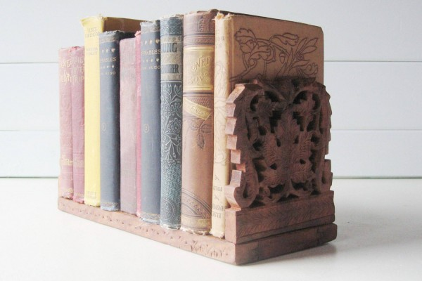 Cool Finds: Great Gifts For Book Lovers momspark.net