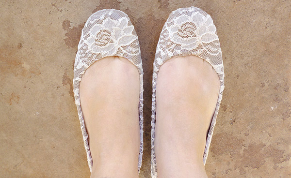 Graceful Lace Flats Shoe Makeover