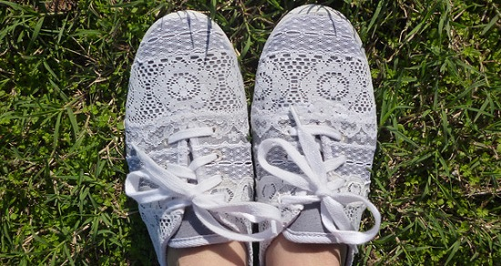 Repurposed Lace Scrap Tennies Shoe Makeover