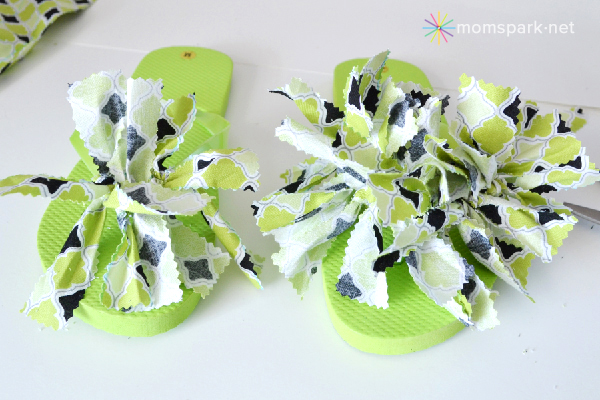 Shoe Makeover: Fantastic Fabric Flip Flops Tutorial