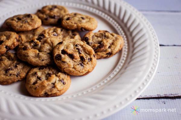 Pillsbury Gluten Free Chocolate Chip Cookie Dough 7 copy