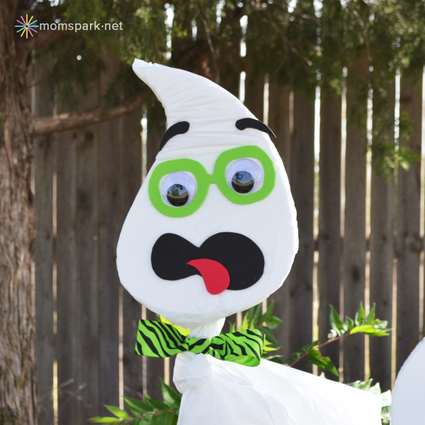 Halloween Trash Bag Yard Ghosts Tutorial