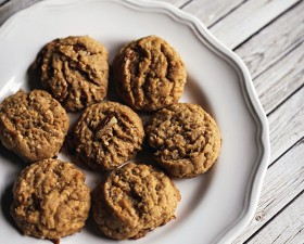 peanut-butter-honey-oatmeal-pecan-cookies-final-text