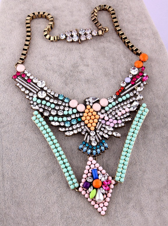 Statement Necklaces For New Year's Eve Fashion