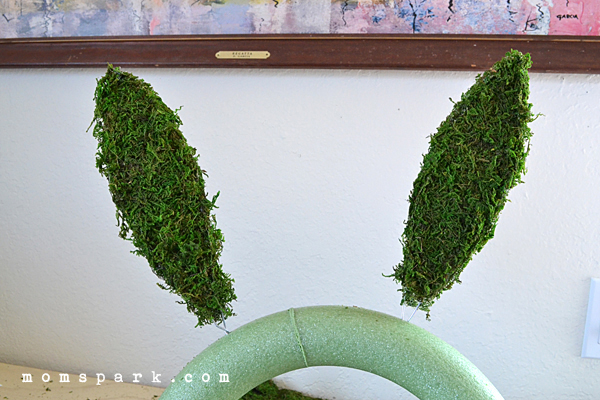 Simple Moss Bunny Wreath for Easter Tutorial