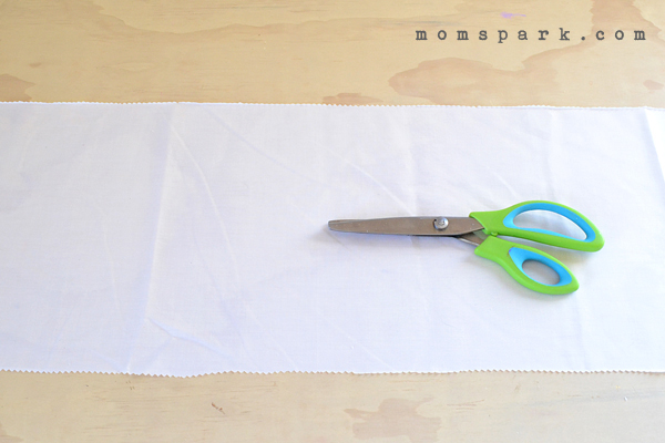 No Sew Easter Table Runner Tutorial