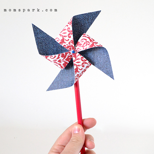 DIY: Fourth of July Paper Pinwheels