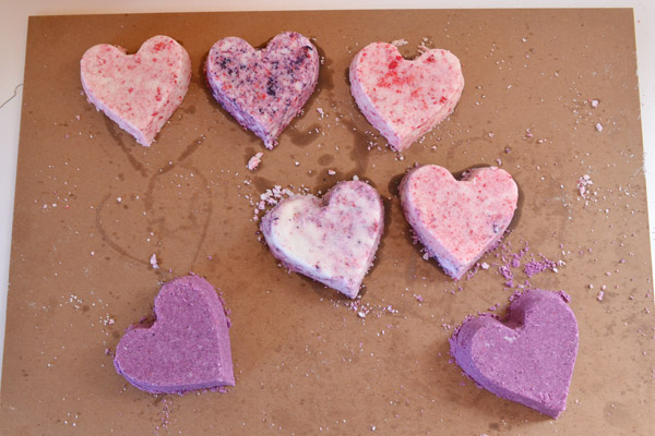 Heart Shaped Bath Bomb Tutorial at Mom Spark!