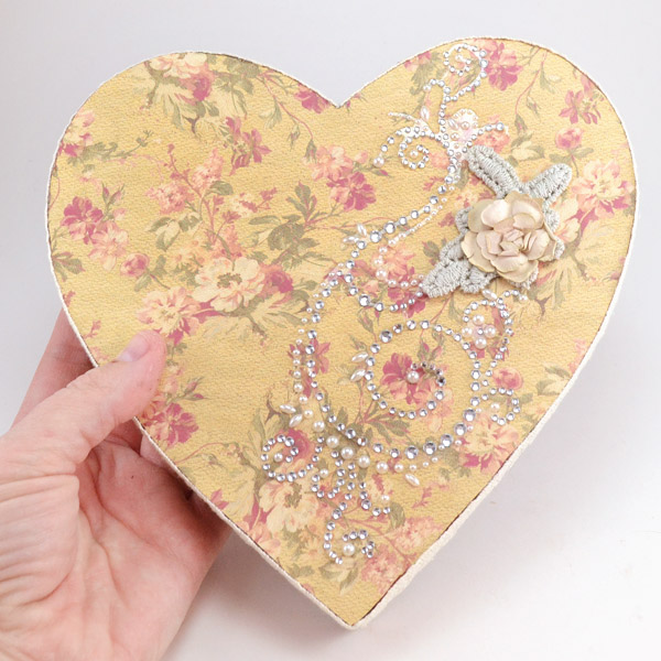 Make a vintage inspired Valentine keepsake.