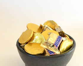 This cute pot of gold couldn't be simpler!