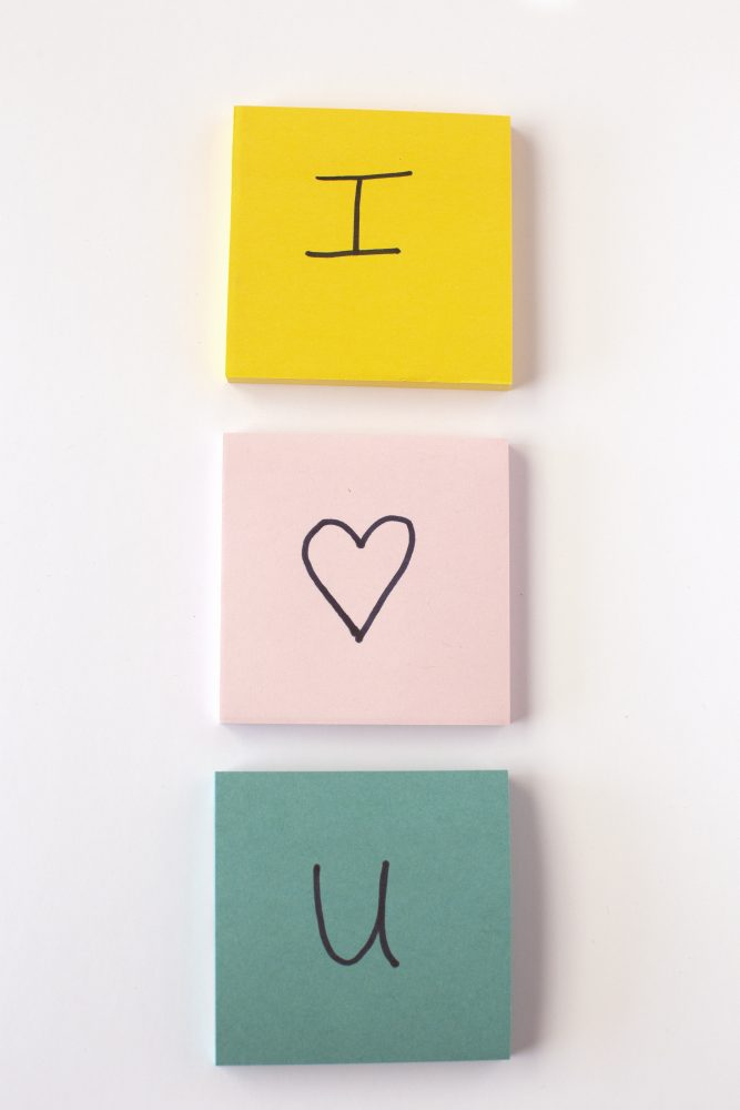 post-it-notes-i-love-you