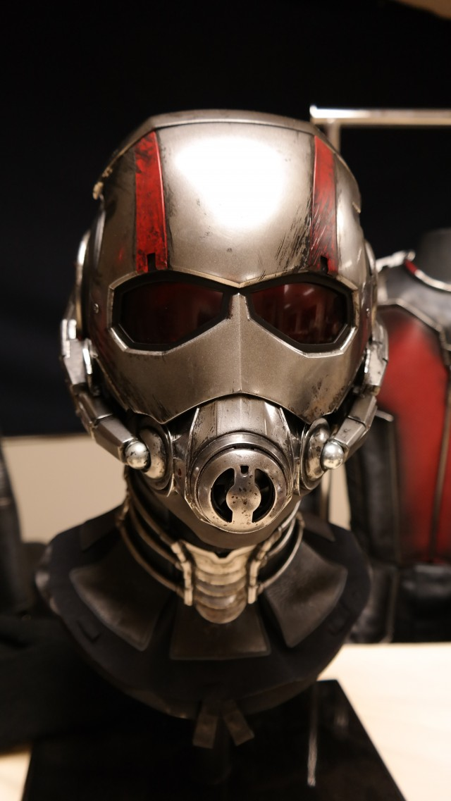 8 Interesting Facts About the ANT-MAN Costume!