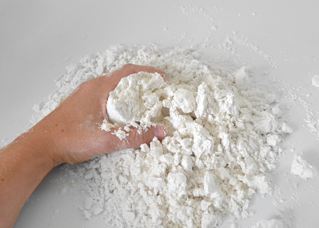 Easily make cheap gluten free cloud dough. Gluten intolerant tots can enjoy sensory play too!