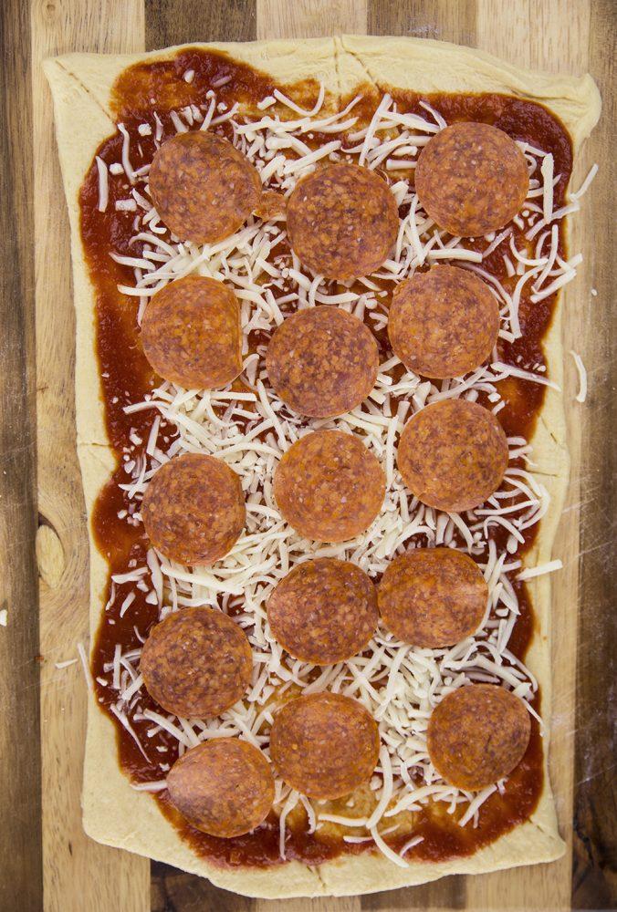 Game Day Recipe: Pizza Pinwheels