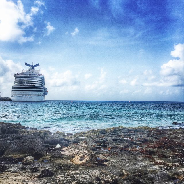 What to Pack for Your First Carnival Cruise!