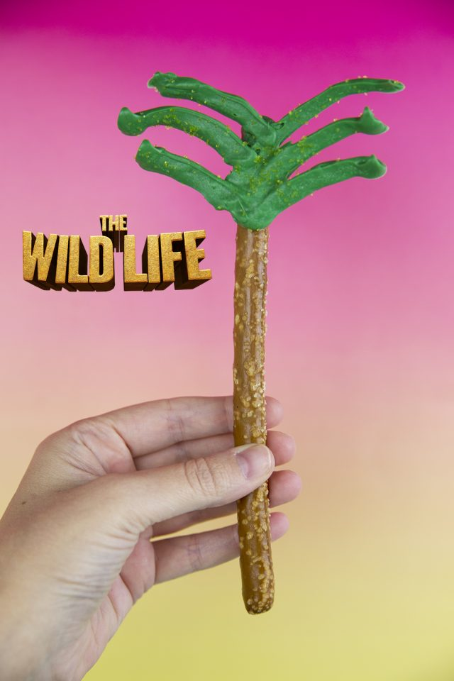 Pretzel Rod Palm Tree Snack Recipe