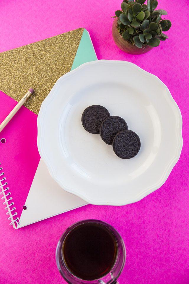 Girl Talk Over Cookies.