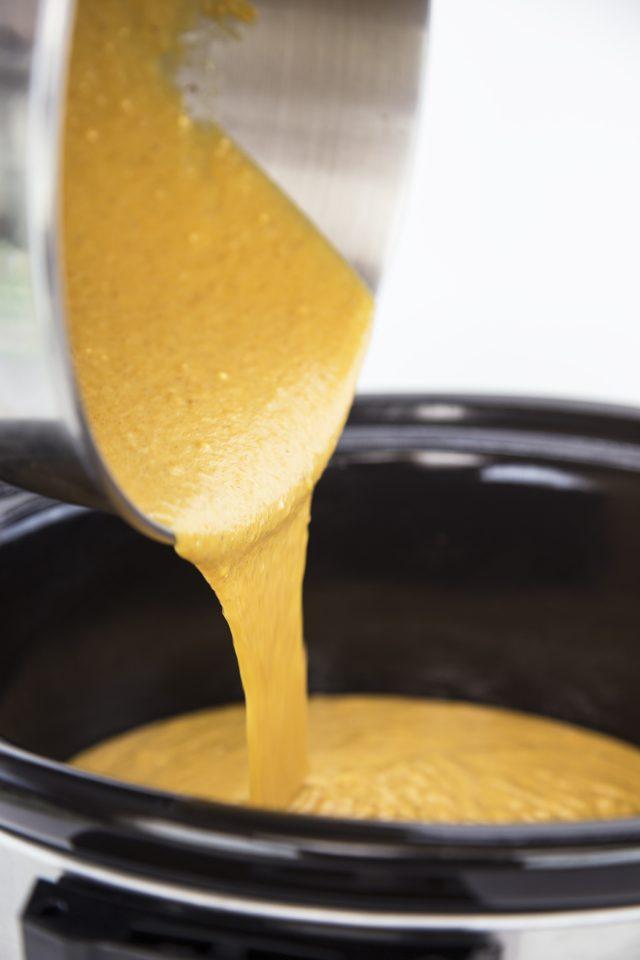 Crock-Pot® Slow Cooker Pumpkin Caramel Cake Recipe for Fall