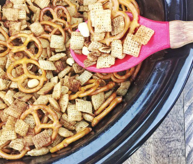 Crock-Pot Party Snack Mix Recipe
