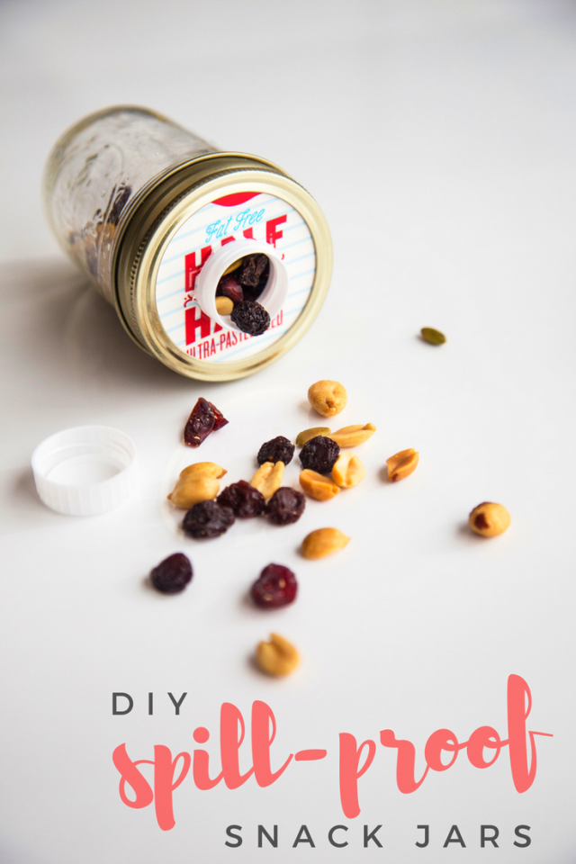 One of the hardest parts about having snacks for kids on a trip is preventing spills. This genius hack makes it simple for kiddos of any age to pour out what they need, without all the mess. Place the lid of an old drink carton on top of a mason jar, secure it in place with the jar ring and voilà! Fill the mason jar with a small treat, such as trail mix and enjoy.