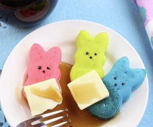 Colorful Mini Peeps Easter Pancake Recipe! Every Easter, I like to spoil the kids with gifts and recipes of colorful pastels of pink, blue, yellow and purple. It's a fun time of the year to celebrate spring and the approach of flowers blooming. So, to celebrate spring and Easter, I have a delicious recipe to share with you today - Mini Peeps Easter Pancakes!