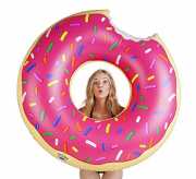 We've already shared a bunch of one-piece swimsuits moms are buying on Amazon right now. Now I'm here to share with you 17 awesome pool floats you need to bring to the pool this summer with this Donut Float.