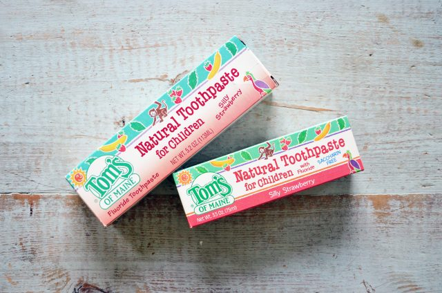 All Natural Fruit Flavored Toothpaste Mint Free