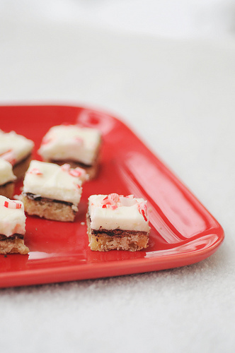 Holiday Peppermint Bars