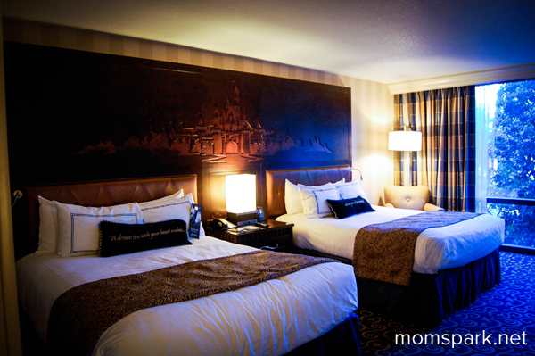 Disneyland Hotel In Anaheim California Review And Photos