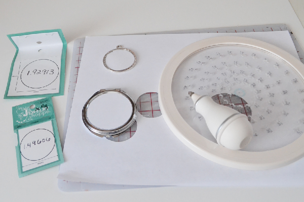 DIY Jewelry with Mod Podge Dimensional Magic Craft momspark.net