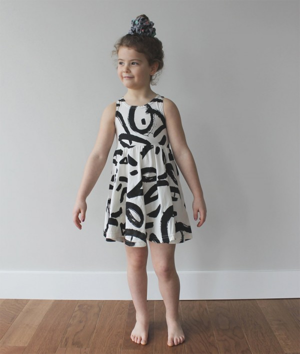 Fashion Friday: Black and White Spring Style For Kiddos