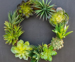 5 DIY Wreaths Made With Real Greenery